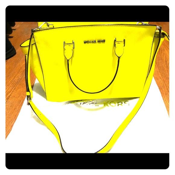aefaee612032a2 Michael Kors Bags | Large Selma Neon Yellow | Poshmark